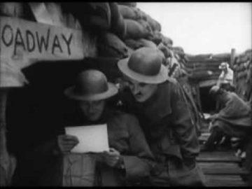 Magistrale satira contro la guerra ! Charlot soldato - Charlie Chaplin 1918